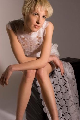 STEFANIA ACERBONI, abito da sposa realizzato con scarti di organza di seta e silicone , 2005 Archivio Saveart foto Marco Donà